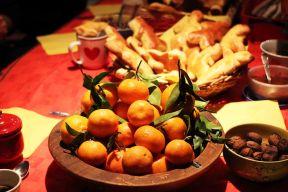 Soirée Saint-Nicolas un peu en avance : mandarines, Mannalas, fruits secs...