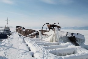 bateau-gelé-1