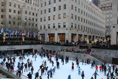 La patinoire du Rockefeller center... Trop de monde, on a vite bougé !